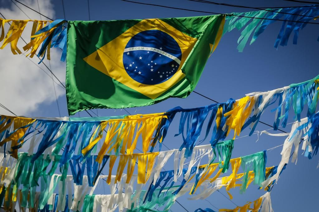 O Brasil e seus falsos dilemas