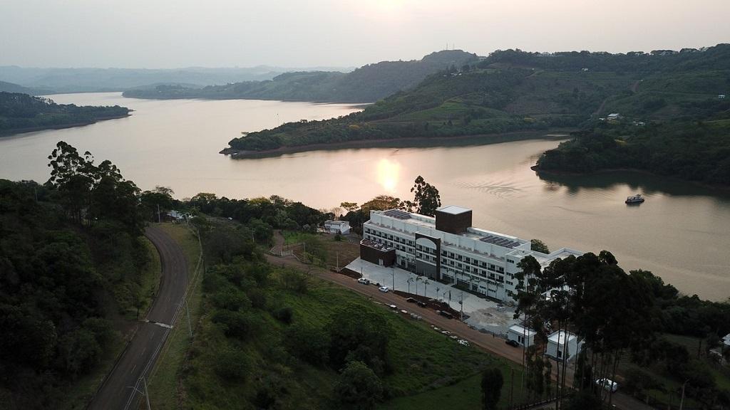 eSuites Itá Resort (SC) para quem procura águas termais
