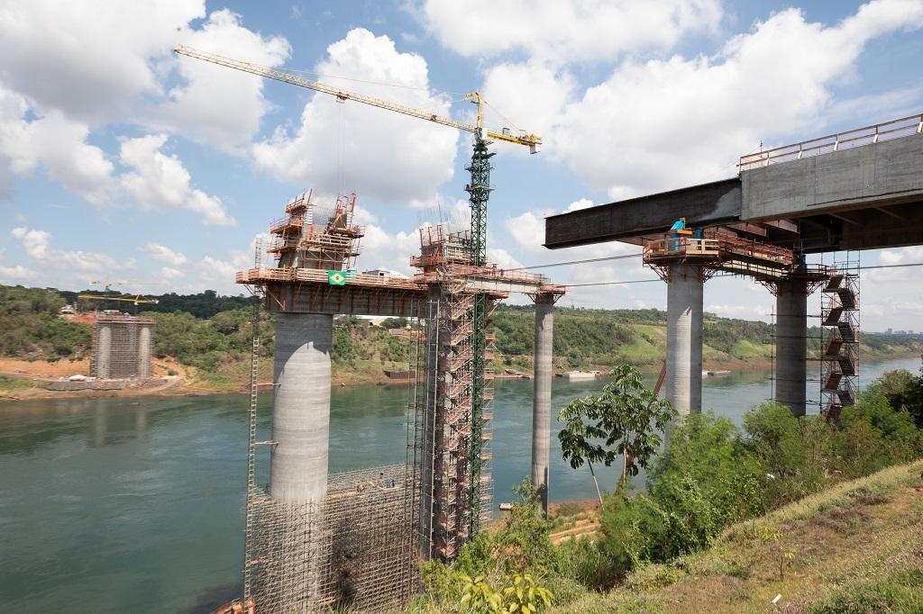 Ponte da Integração chegará à metade da obra no fim do ano