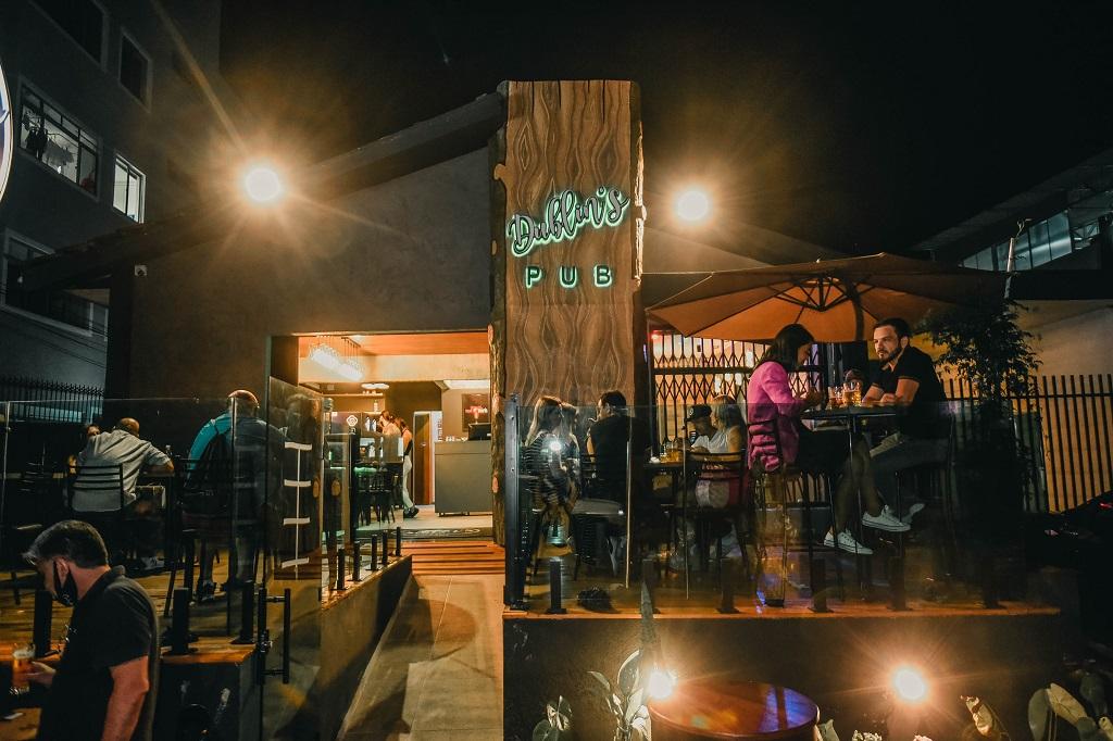Dublin's, um pub irlandês em Curitiba com música ao vivo