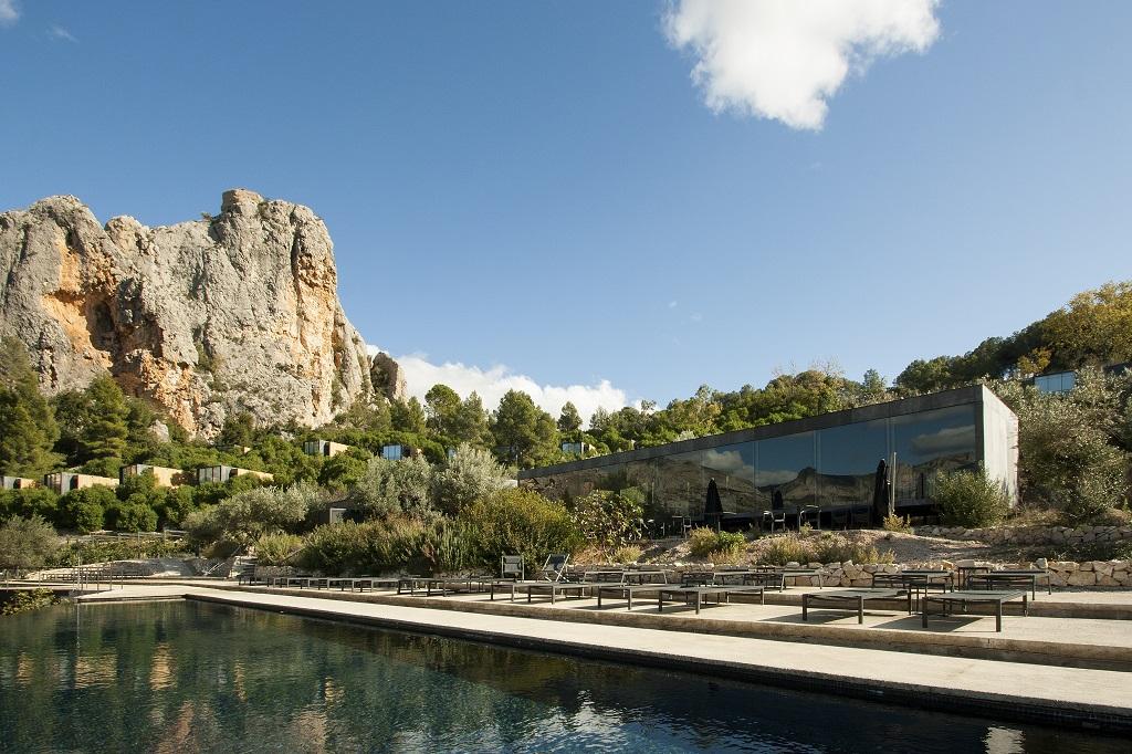 """Vivood, um """"hotel paisagem"""" na Espanha"""