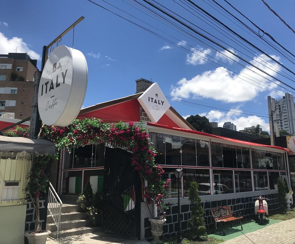 Italy Caffé Curitiba: proposta de entregar a comida da nona