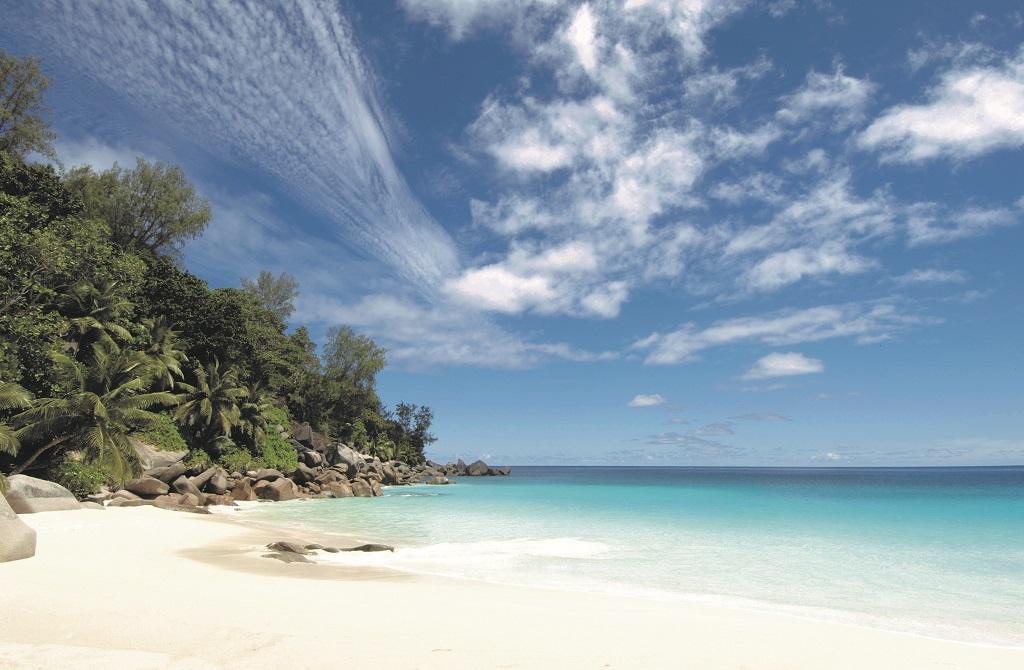 Seychelles recebe brasileiros: opções de hotéis e pacotes