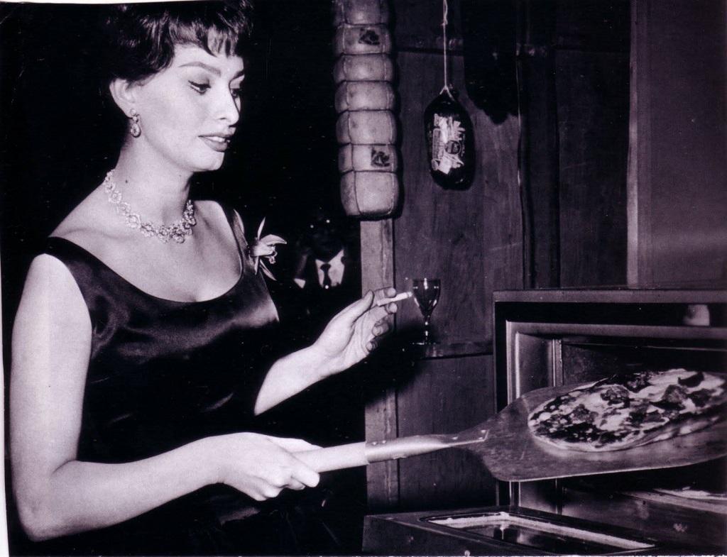 Abre restaurante em homenagem a Sophia Loren