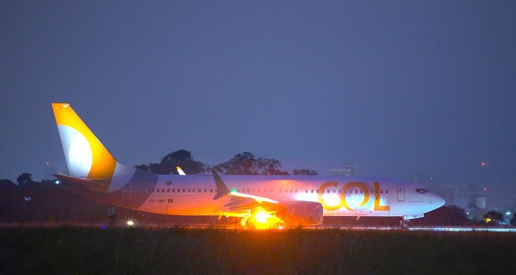 A decolagem de um 737 MAX no Aeroporto Afonso Pena