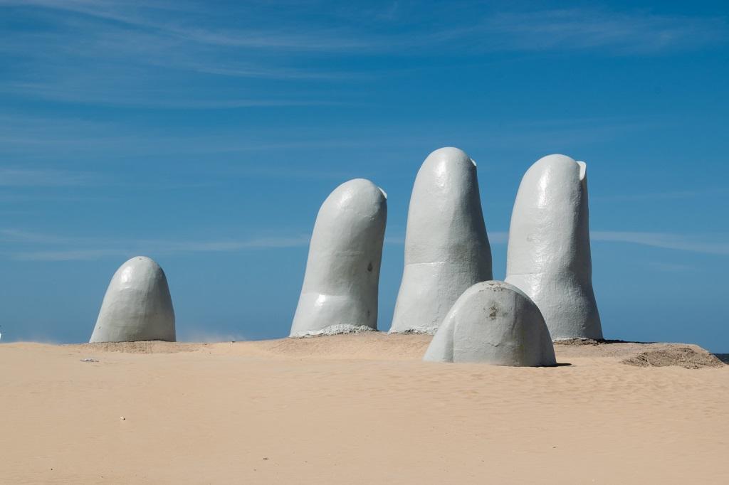 Uruguai: fronteira abertas para estrangeiros em novembro