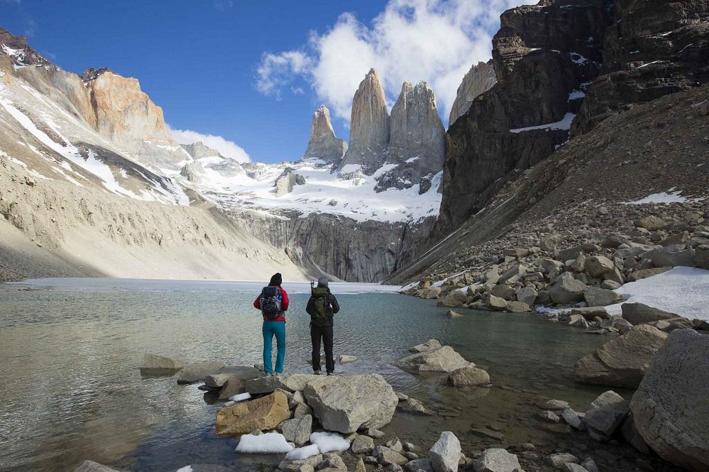 Explore o Parque Torres del Paine a partir do Tierra Patagonia